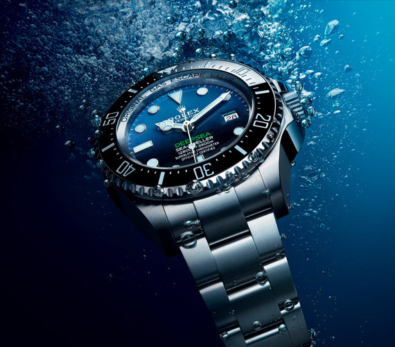 FEATURES OF THE ROLEX DEEPSEA